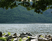Click to enlarge photo of Cold Spring walk along Hudson River.